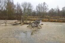 Regen Und überschwemmung In Der Natur Und Auf Dem Klo