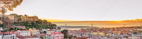 Obraz na plátne Lisbon fortress of Saint George view, Portugal