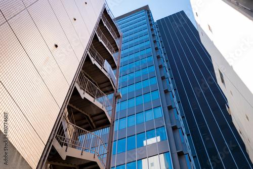 Fotografie, Obraz 【東京都】雑居ビルの非常階段【神田】