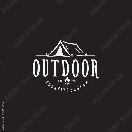 Fotografia Vintage camping and outdoor adventure emblems, logos and badges