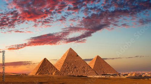 Obraz na płótnie Sunset at the Pyramids, Giza, Cairo, Egypt.