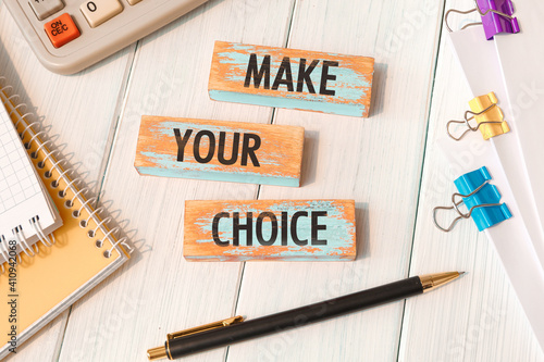 Obraz Make your choice - words written on wooden blocks - fototapety do salonu