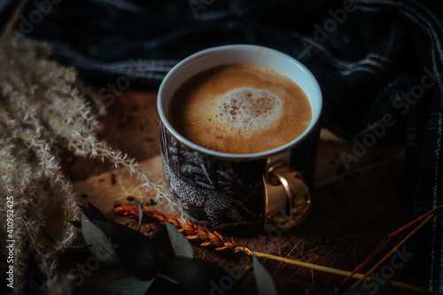 Barista Coffee on Wooden Chopping Board Fotobehang