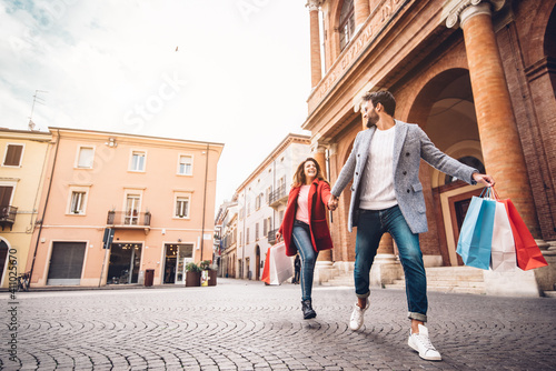 Obraz Full Length Of Couple Walking On Footpath - fototapety do salonu