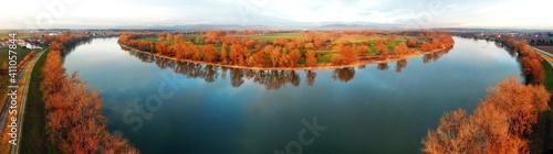 Photo Panoramic View Of Lake