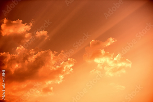 Fototapeta Low Angle View Of Sunlight Streaming Through Clouds obraz