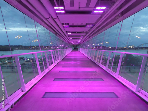 Obraz na plátně purple corridor in the airport