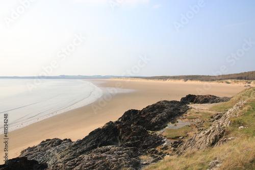 Fotografía Scenic View Of Beach In Lowtide