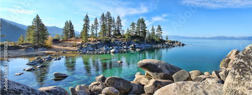 Obraz Beautiful clear water at Sand Harbor Lake Tahoe  - fototapety do salonu