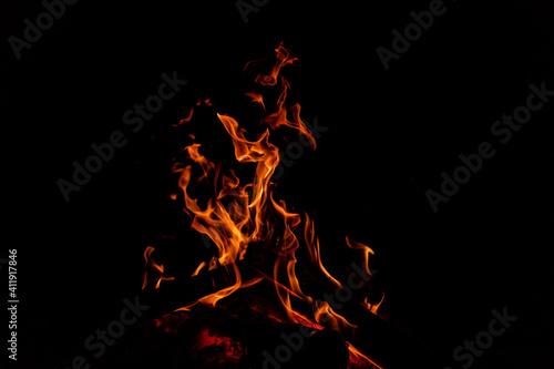 Canvas Print fogata, fuego una noche de campamento.