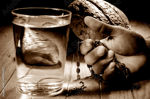 Photo Fasting for bread and water