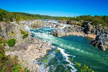 Park Great Falls. View Of The Potomac River. Virginia. USA
