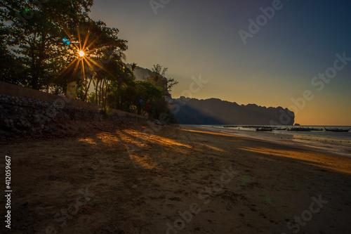 Fototapeta Scenic View Of Sea Against Sky During Sunset obraz na płótnie