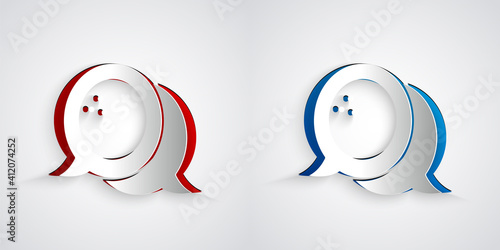 Paper cut Bowling ball icon isolated on grey background Fototapet