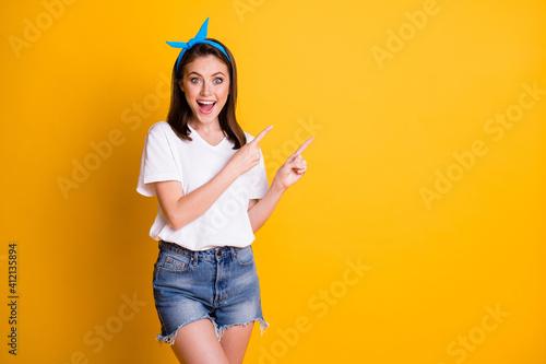 Photo of girl direct fingers empty space wear blue headband white t-shirt jeans Fototapet