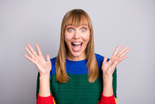 Photo Portrait Of Amazed Shocked Blonde Woman Staring Gesturing With Hands Isolated On Pastel Grey Color Background