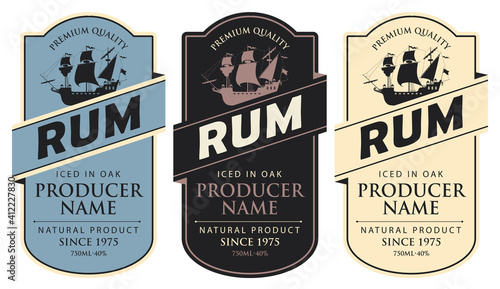 Fotografía Set of three vector labels for rum in a figured frames with sailing ships and inscriptions in retro style