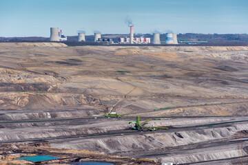 Kopalnia odkrywkowa węgla brunatnego Turów oraz elektrownia Turów, Bogatynia, Polska