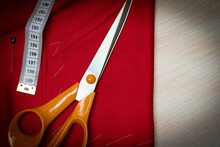 Cloth, Measuring Tape And Scissors On The Table, Copy Space,vignetting