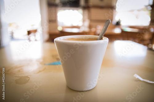 Café en día soleado de verano
