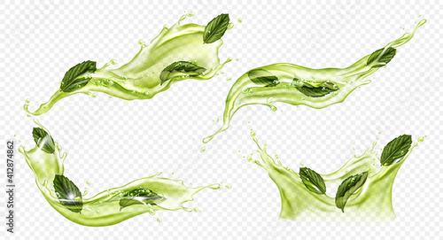 Fotografia Vector realistic splash of green tea or matcha