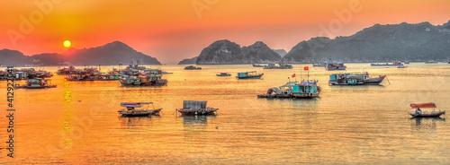 Obraz na płótnie Cat Ba Island, Vietnam, HDR Image