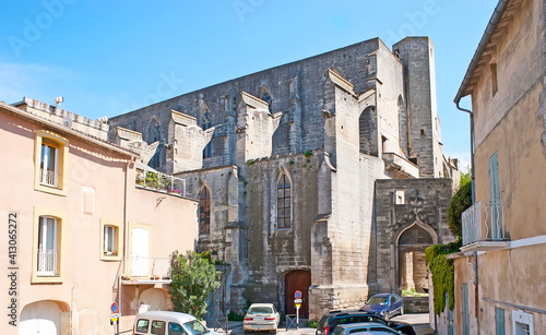 Fotografia The side wall of medieval Dominican church of Arles, France
