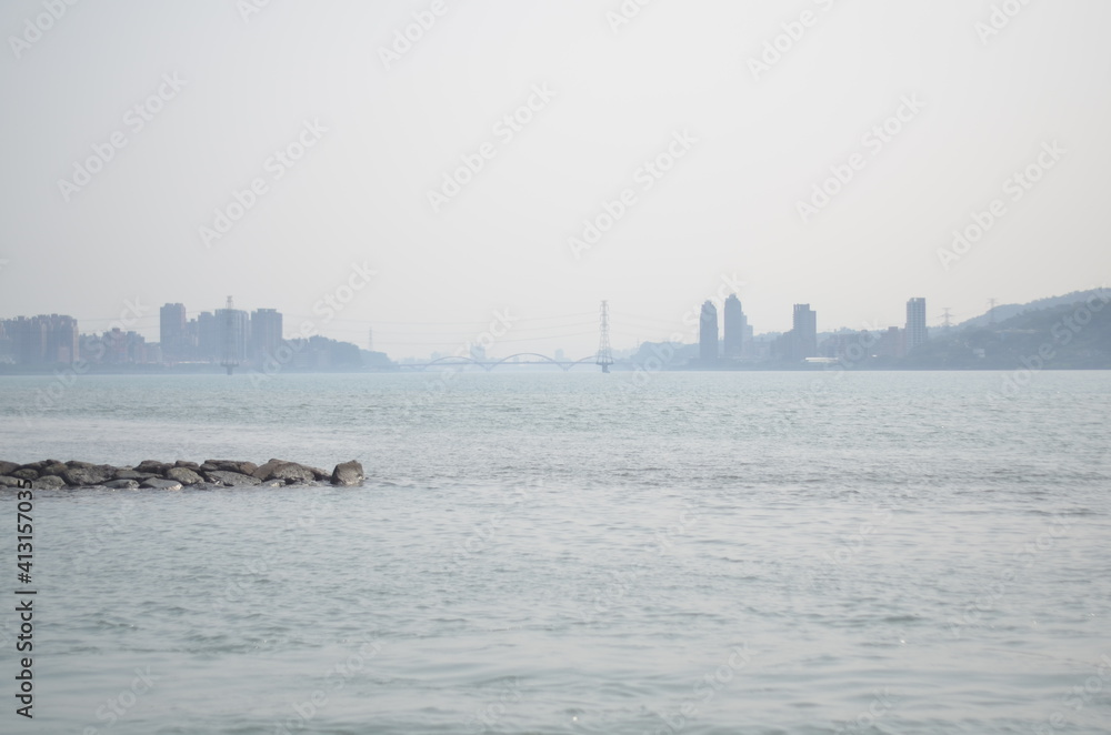 Fototapeta Scenic View Of Sea And Buildings Against Clear Sky