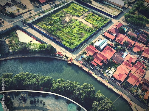 High Angle View Of Arch Bridge Over River Amidst Buildings In City Fototapete