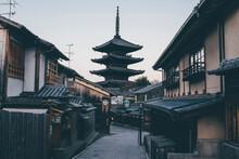Alley Amidst Houses Leading Towards Yasaka Pagoda