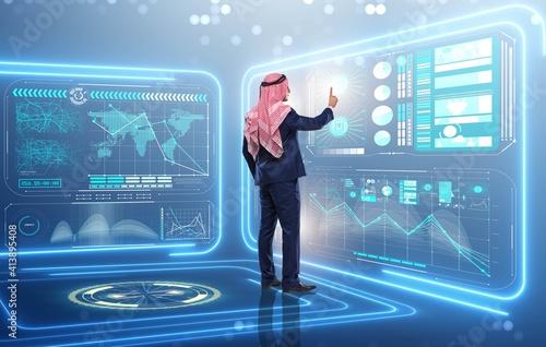 Canvas Print Arab man in data management concept