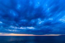 海 砂浜 夕日 冬の日本海