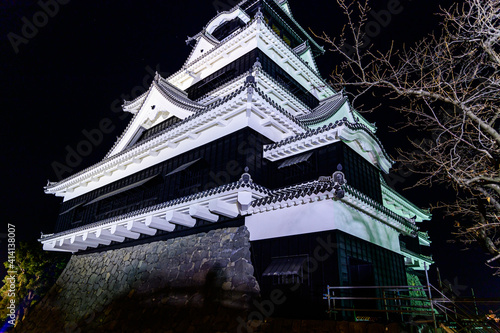 Canvas Print 城 夜空 宮廷 ライトアップ 美しい夜空を背景に城のライトアップ風景 日本 熊本県熊本市 熊本城2020年12月撮影 castle night sky cour