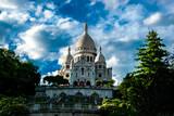 Fototapeta Paryż - El Sacre Coeur desde los jardines de Montmartre