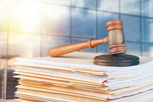 Obraz na plátně Judge hammer and documents on room background, bokeh background