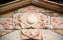 Kunstvolles Sandsteinrelief An Der Fassade Von Schloss Wilhelmsburg