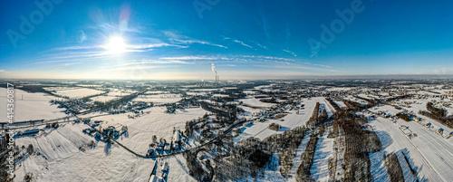 Fototapeta wieś na południu Polski na Śląsku, gmina Godów zimą z lotu ptaka obraz