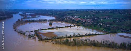 Fotografija Floods of river Garona in south of France