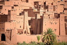 MOROCCO - AIT BEN HADDOU, Fortified Village, Ancient Architecture Of Southern Morocco, Made Up Of A Group Of Buildings Built In 1600 With Organic Materials, Including A Rich Red Mud.