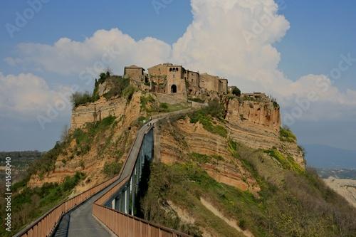 Fototapety, obrazy: View of Civita di Bagnoregio in Umbria, Italy