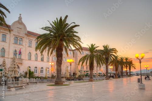 Fototapeta Sunrise view of seaside promenade in Trogir, Croatia