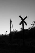 Cruce De Ferrocarril Blanco Y Negro