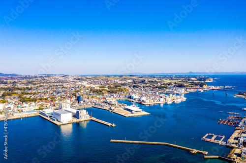 三浦半島の南端の三崎港※左側(神奈川県三浦市) Fototapet