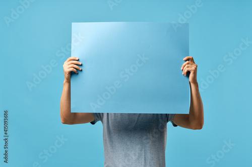 Canvastavla blue mockup poster men hands cropped view advertisement