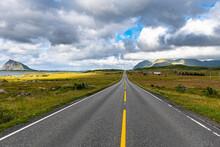 Long Straight Road, Lofoten, Nordland