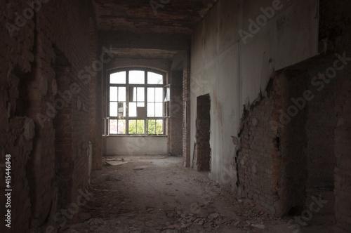 Fototapeta Abandoned Satanic palace in Warsaw obraz na płótnie