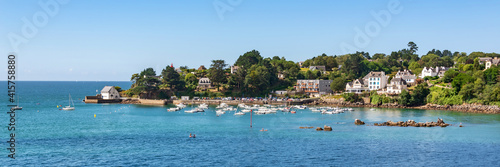 Leinwand Poster Panorama of the scenic port of Port Manech in Finistère, Brittany, France