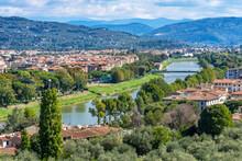 Arno River Bridges, Florence, Tuscany, Italy. Bridge Originally Built In 1200's.