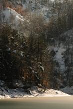 Winter View Over Gramolazzo Lake - Sunrays, Winter  - Tuscany - Italy