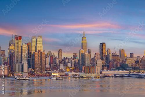 New York City skyline, cityscape of Manhattan © f11photo